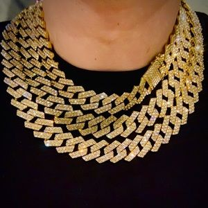 "19mm Gold Cuban Chain Iced 16""-24"""